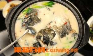 猪血鲫鱼汤如何做好吃 猪血鲫鱼汤的材料和做法步骤